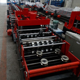 Cina 15KW Z & C Purlin Roll Forming Machine Dengan Hydraulic / Manual Decoiler Dan PLC Control Lineon sales