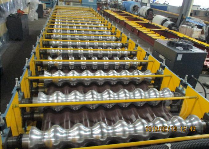 235Mpa1219mm Lebar Logam Logam Roll Forming Machine Dengan Stacking
